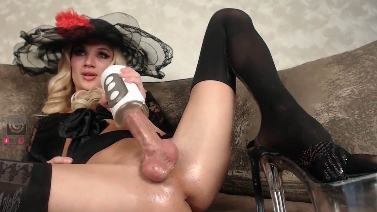 Teen femboy jerks big cock up side down until messy facial